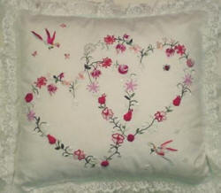 Brazilian Embroidery Pattern - Double Heart