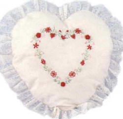 Brazilian Embroidery Pattern  Single Heart