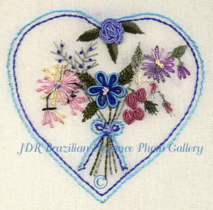 JDR6106 Beginner's Heart With Bouquet of Flowers